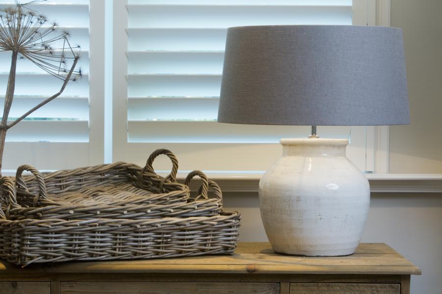 Tischlampe-von-Light-Living59761a272ddae